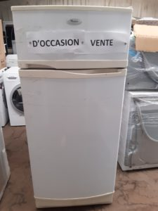 Refrigérateur à absorbtion  WHIRLPOOL  GARANTIE 3 MOIS  PRIX 10 000 F CFP