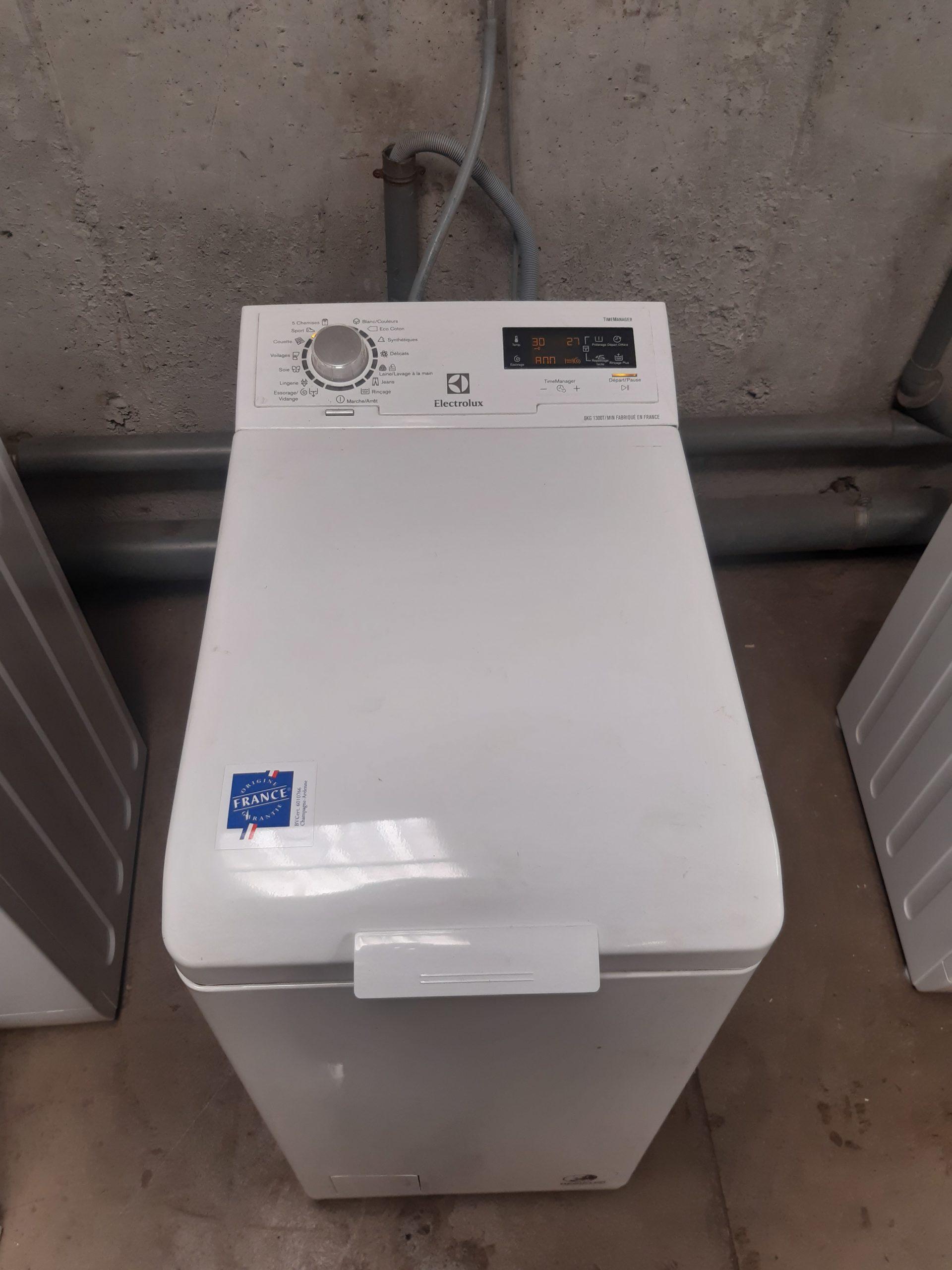 MAL ELECTROLUX (Top) – Mod : EWT1365EYW – PRIX 40.000 F – GARANTIE 3 MOIS